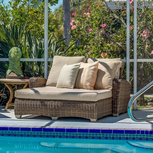 Carlysle Double Chaise