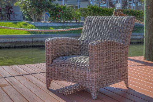Manhattan Lounge Chair in Rain and Drain